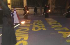 Els carrers de la Part Alta de Tarragona s'omplen de pintades independentistes