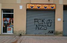 Ciutadans denuncia pintades a la seu de Roda de Berà
