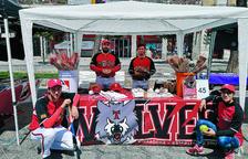 Un club de beisbol recull signatures per poder disposar d'un camp