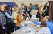Normalitat i degoteig constant de votants en l'obertura dels col·legis electorals de Tarragona