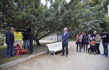 Tarragona fa la tradicional ofrena floral al Monument a Pablo Iglesias