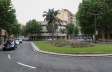 La instal·lació de nous punts de llum completarà la plaça de Villarroel