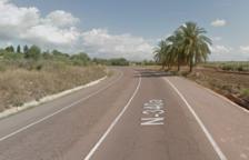 Un herido leve después de volcar su vehículo en el polígono de la Ràpita