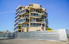 La reforma integral de l'antic edifici del Port ja afecta els espais exteriors