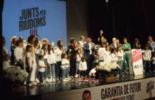 Junts per Riudoms llena hasta los topes el Teatre del Casal