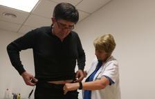 Un nou dispositiu permet monitoritzar els símptomes del Parkinson