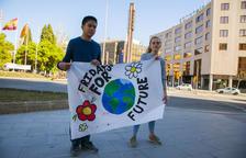 Jóvenes tarraconenses alertan a los adultos de los peligros del cambio climático