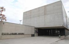 Recollida de signatures per recuperar la línia de P3 de l'escola Isabel Besora de Reus