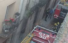Crema el magatzem d'una casa del carrer Major de Montblanc