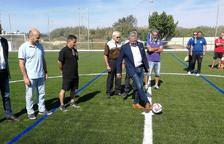 Inaugurat el nou camp de futbol i els vestidors de l'Estadi Municipal de Salou