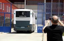 Los presos independentistas llegan a Zuera, donde pasarán la noche