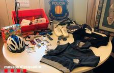 A presó un noi de 18 anys per robar en trasters, pisos i vehicles del Vendrell