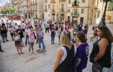 Unas 60 personas se concentran en Tarragona en apoyo a la víctima de la agresión sexual en Manresa