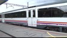 Vuelven a interrumpir la circulación de trenes en Valls por presencia de manifestantes en las vías