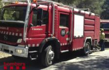 Quema completamente un vehículo en Fontscaldes y afecta a las viviendas próximas