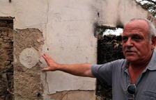 Campesino afectado por el fuego de la Ribera: «Cada día que pasa, es un año de producción que perdemos»