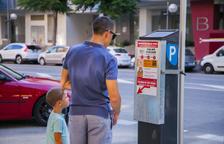 El Ayuntamiento de Tarragona renueva los tarjeteros de los 310 parquímetros de la ciudad