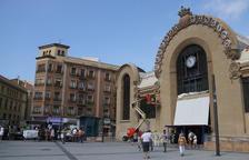 La mayoría de puestos del Mercat de Tarragona quieren cerrar los sábados por la tarde