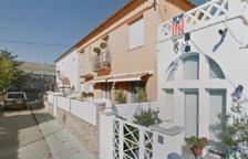Un perro muerto por inhalación de humo en el incendio de una vivienda en Valls