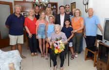 La Pobla de Mafumet felicita Ana Esmeralda Durán pel seu 101è aniversari