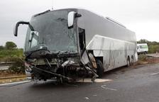 El turisme implicat en el xoc mortal amb un autobús a Amposta circulava contra direcció