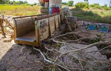 La pasarela del río Francolí continúa desplazada a raíz de las lluvias