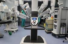 El hospital Joan XXIII supera las 50 intervenciones quirúrgicas con el nuevo robot da Vinci Xi