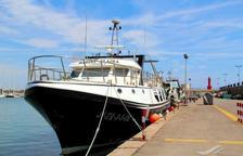 Salvamento Marítimo evacua al tripulante de un pesquero herido en Tarragona