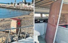 Dos llocs de socors de Creu Roja del Miracle pateixen actes vandàlics
