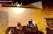 Tres detinguts per segrestar un home i torturar-lo durant 30 hores a Amposta