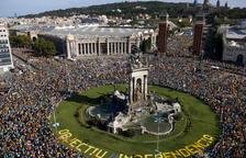 Unes 600.000 persones participen a la manifestació de la Diada, segons la Guàrdia Urbana