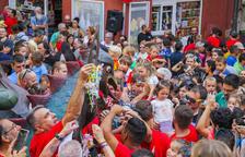 Uns 300 nens entreguen el seu xumet a la Víbria de Tarragona