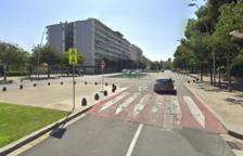 Atropellen un ancià que creuava un pas de vianants amb cadira de rodes a Reus