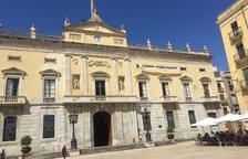 El PP denuncia a la JEC la pancarta de los presos políticos del Ayuntamiento de Tarragona