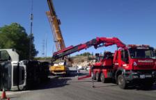 Bolca un camió a Tarragona