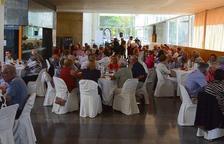Unes 260 persones gaudeixen del dinar homenatge a la gent gran de Salou