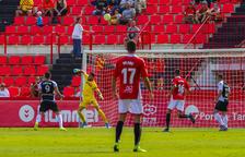 Los goles encajados, la asignatura más urgente a resolver por Bartolo en el Nàstic