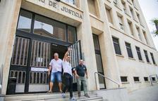 El judici als acusats d'amenaçar de mort a un de Vox, vist per sentència