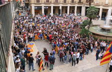 Tortosa concentra a más de 400 personas en la primera protesta de rechazo a la sentencia