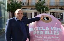 Contenidors roses un any més a Tarragona per reciclar vidre contra el càncer de mama