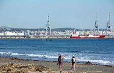 La recerca dels desapareguts després de les riuades s'estén a les platges de Tarragona