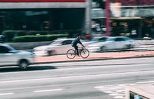L'exposició a alts nivells de soroll del trànsit incrementa en un 30% el risc de patir un ictus més greu