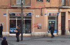 Apareixen pintades racistes en un establiment de Corsini de Tarragona